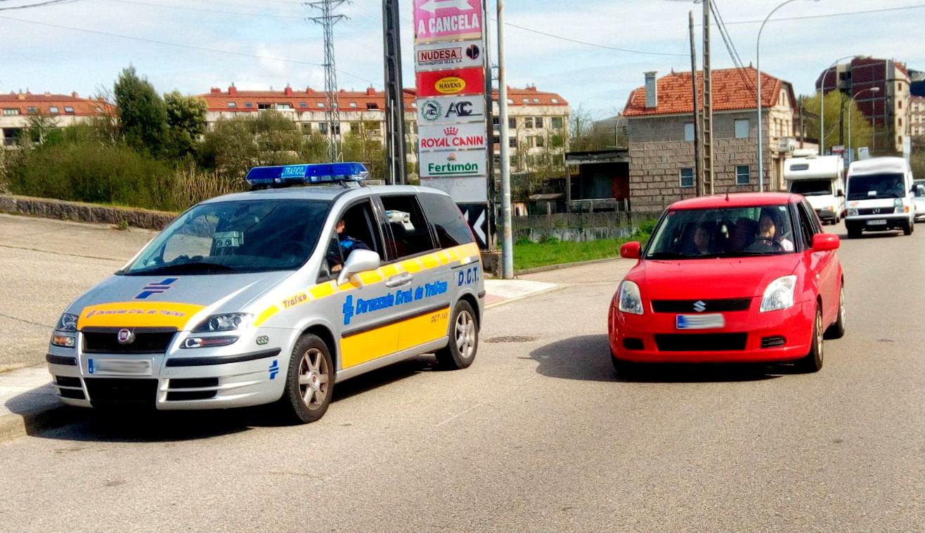 A Policía Local súmase á campaña iniciada por Tráfico e establece controis de velocidade en todo O Porriño
