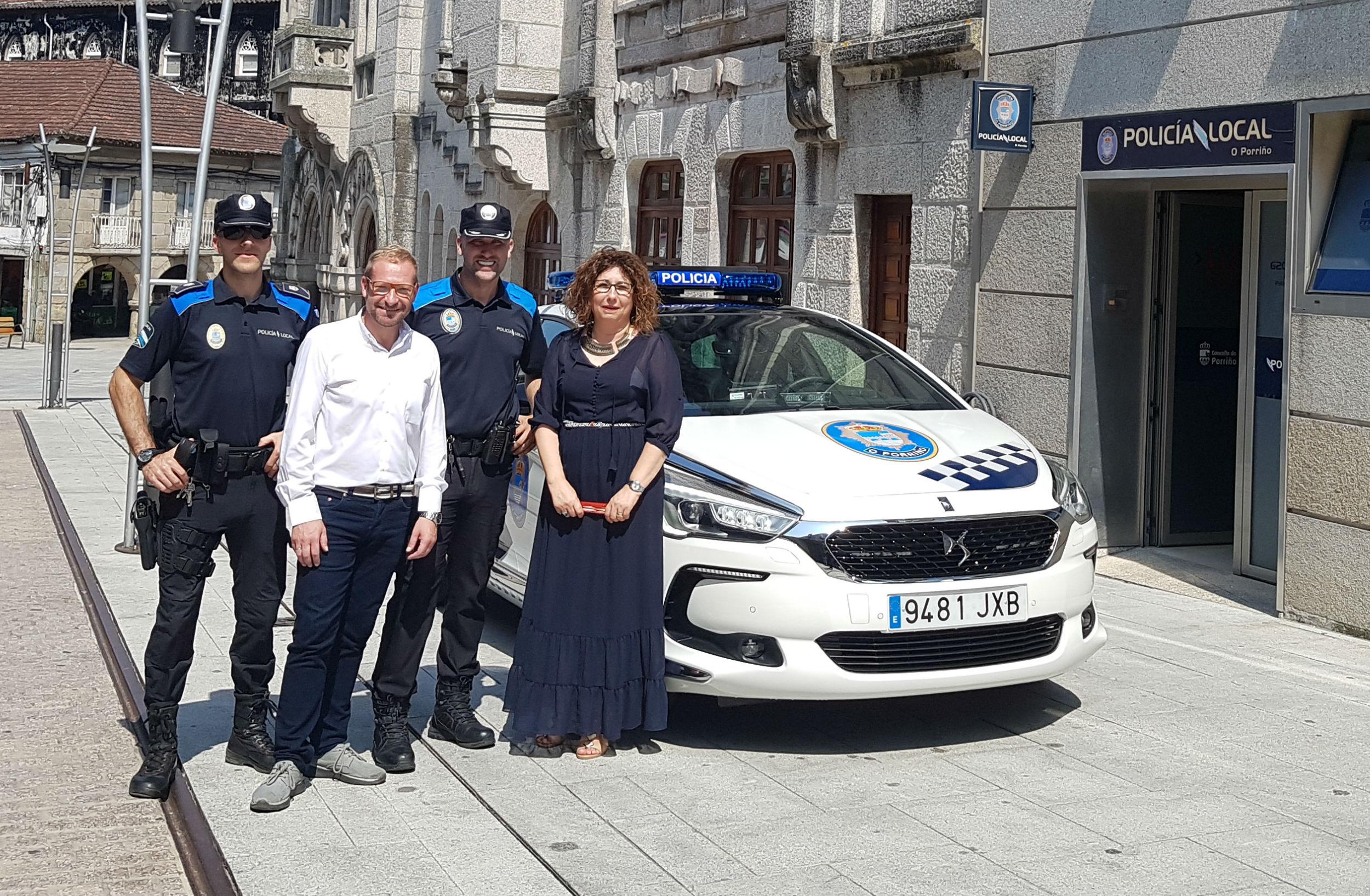 O Concello do Porriño pásase ao híbrido adquirindo por 'renting' un novo vehículo para a Policía Local