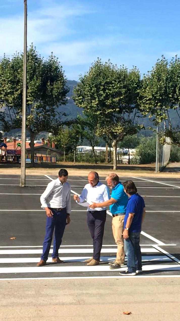 O Goberno local remata os traballos de mellora e reforma da zona do Torreiro da Forna, na parroquia de Budiño