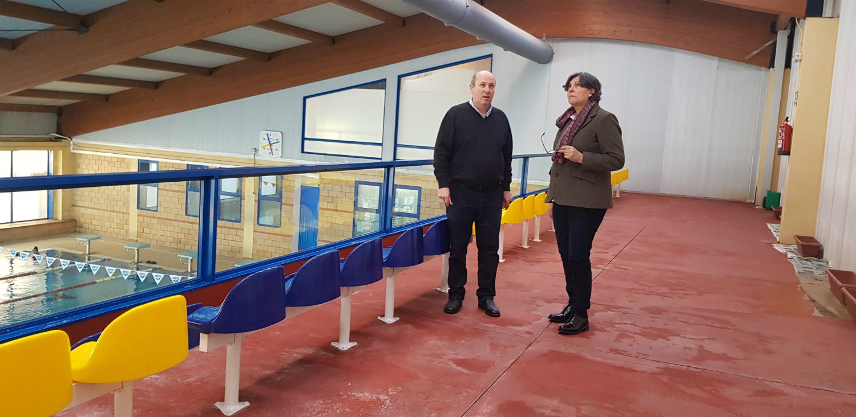 A alcaldesa pon en marcha os traballos de arranxo e mantemento da Piscina Municipal e substitución do climatizador da mesma, todo cun orzamento de 114.000€