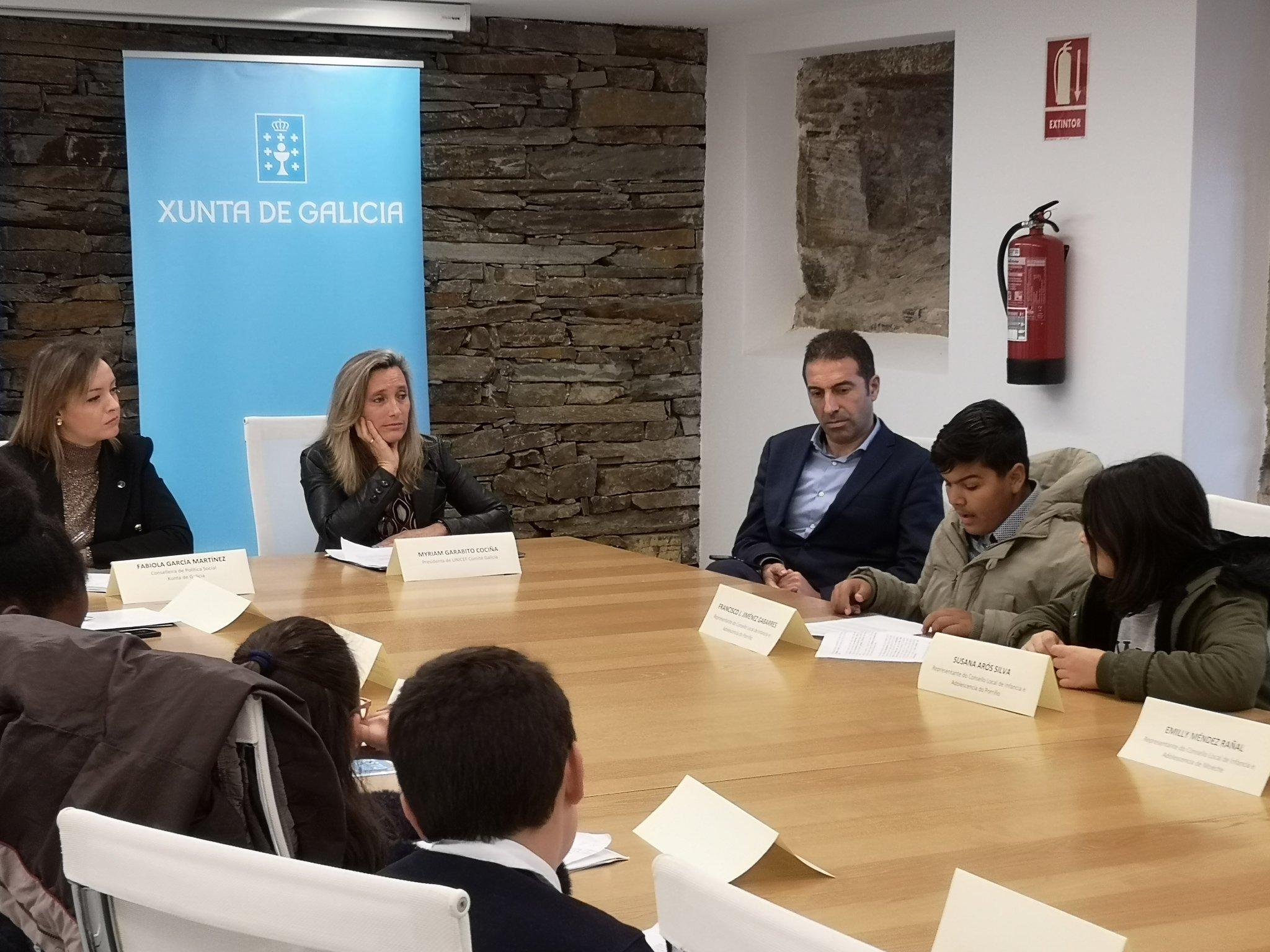 Francisco Jiménez, voceiro do Consello de Participación Infantil de O Porriño falou ante a Conselleira de Política Social da Xunta de Galicia