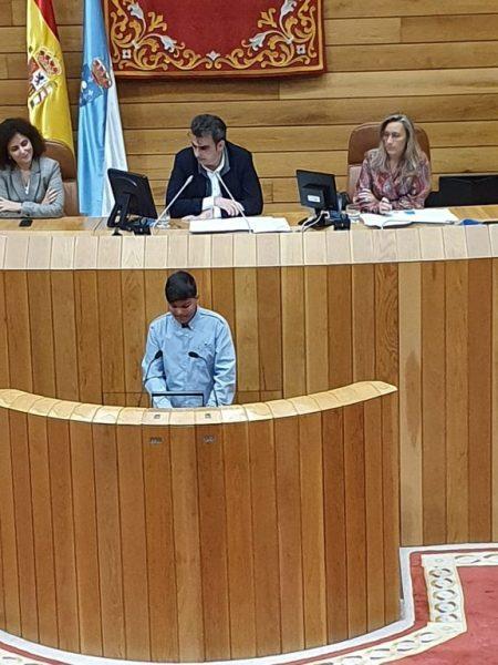 Imaxe do pleno infantil no Parlamento Galego en 2019